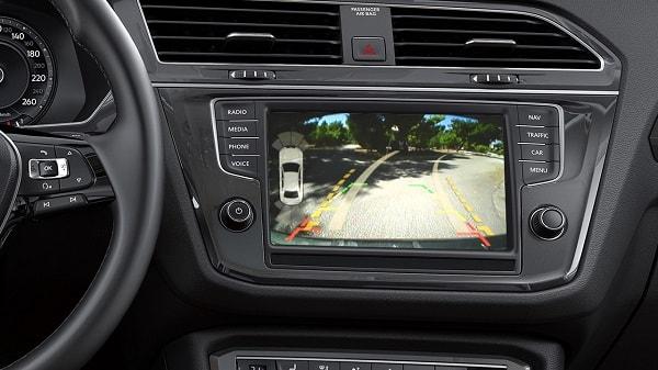 VW-Tiguan-Parking-Camera-min